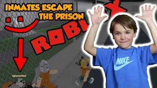 Father And Son Escape The Jail in Roblox Prison Life !