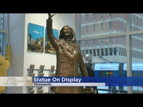 Mary Tyler Moore Statue Moved During Nicollet Mall Construction