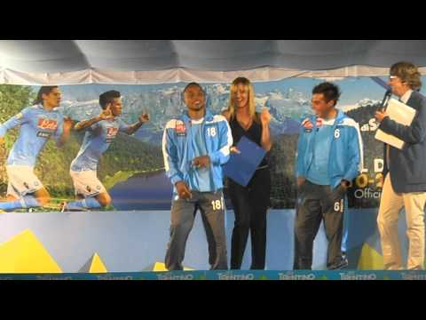 IAMNAPLES.IT- Presentazione Napoli, Zuniga e Vargas ballano nel palco