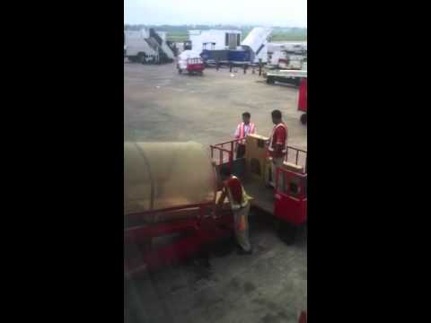 Spice jet airlines LED TV Baggage handling terrible