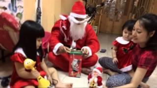 Ông già Noel đến nhà