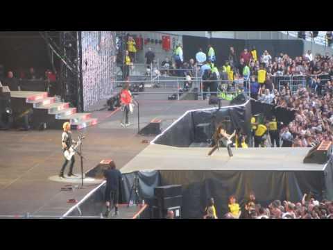 Guns N' Roses – Attitude (Misfits Cover + Johnny Thunders Intro)