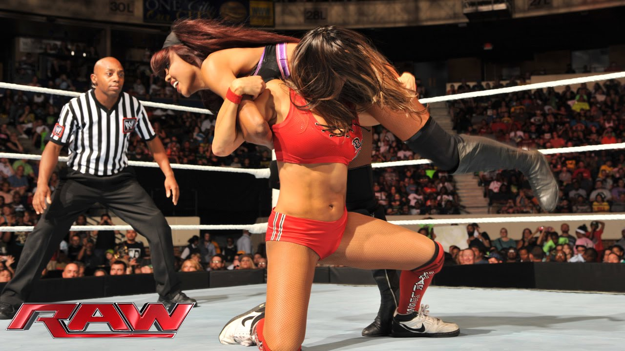 Nikki Bella Vs Alicia Fox  Cameron - 2-On-1 Handicap-1961