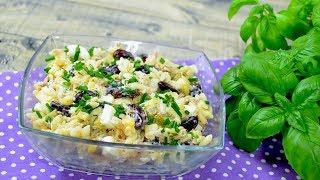 Sałatka z tuńczykiem, żółtym serem i makaronem - Jak zrobić - Smakowite Dania