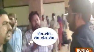 Pakistanis Behave Rudely with 'Phantom' Movie Director Kabir Khan at Karachi Airport