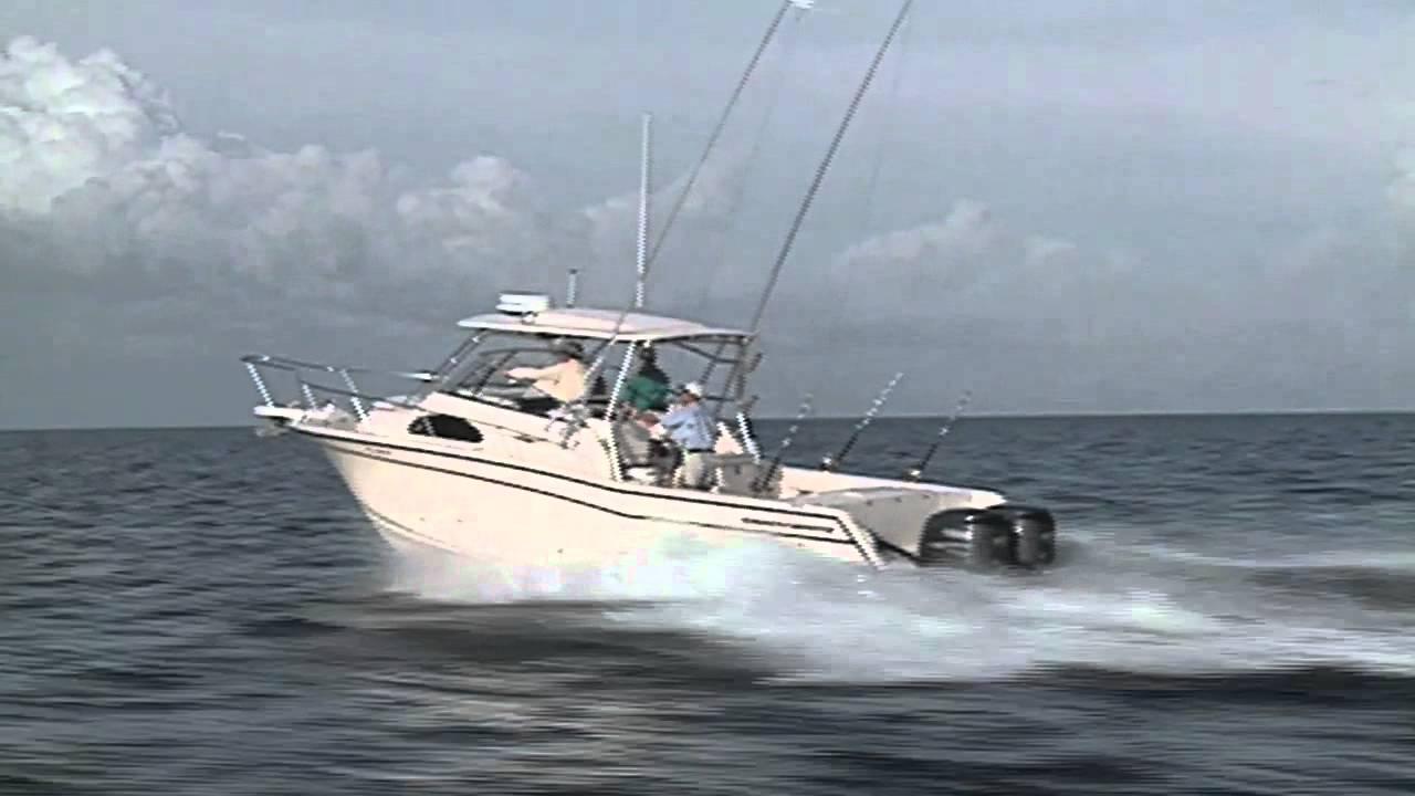 Grady-White MARLIN 300 - 30' Walkaround Cabin