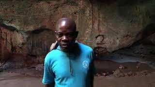 Kenijczyk Rysiu mówi po polsku - Wybrzeże Kenii - Afryka