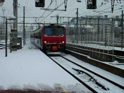 French trains at Lyon Part-Dieu station on snow!