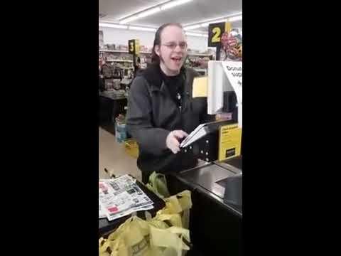 Dollar General Cashier in Lansing, Michigan Sings His Heart Out