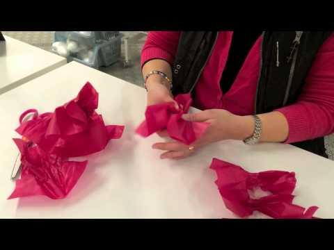 pompombollar av silkespapper