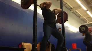 видео Спортивные джинсы Barbell Denim как одежда для атлетов