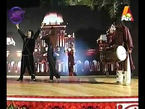 PUNJABI BANGHRA WITH DHOOL IN LAHORE PAKISTAN.