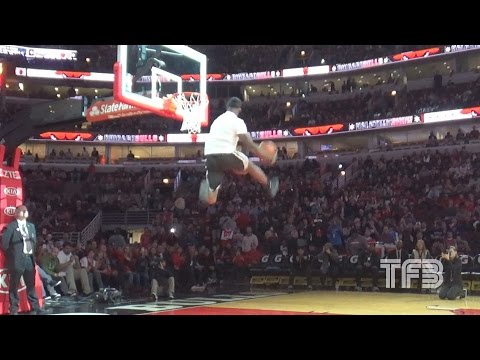 AMAZING DUNK CONTEST! Team Flight Brothers SHOW OUT at United Center
