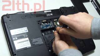 How to replace a Keyboard in laptop Toshiba Satellite P770, remove keyboard, replacement