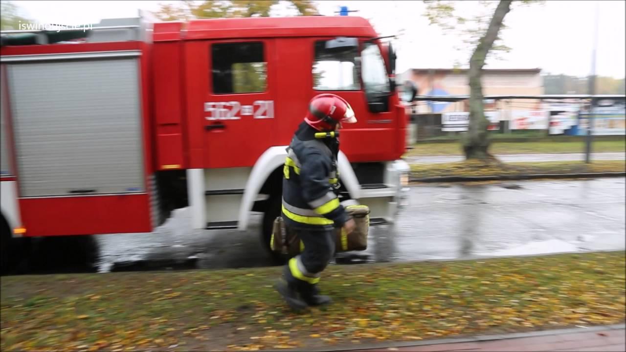 Zamiast karetki   radiowóz i wóz strażacki  Potrzebne było wsparcie z zewnątrz