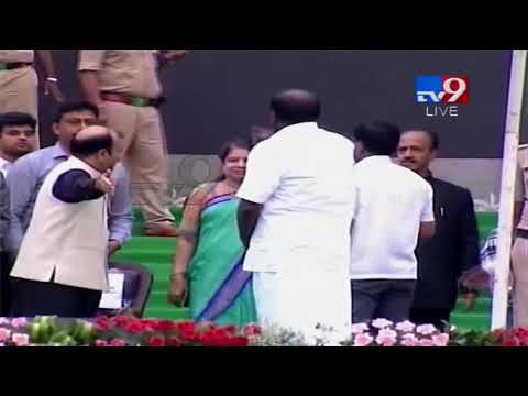 HD Kumara Swamy arrives for Swearing In || Karnataka Elections 2018 - TV9