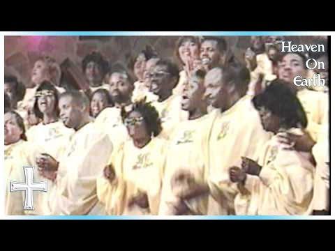 Ain't That Good News - Rev. Ernest Davis, Jr. & the Wilmington/Chester Mass Choir
