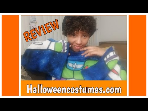 Halloweencostumes.com review 2020 - I bought a Disney Toy Story snuggie!