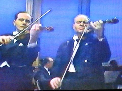 David & Igor Oistrakh- Bach Double Concerto (2nd mvt.)