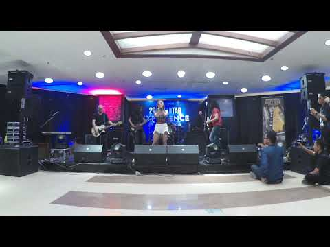 John Paul Ivan feat Windy Saraswati @ Guitar Experience 2018,record by ZOOM Q2N