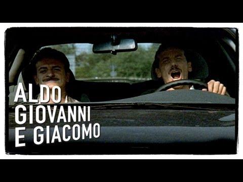 Ridi Pagliaccio - Tre uomini e una gamba di Aldo Giovanni e Giacomo
