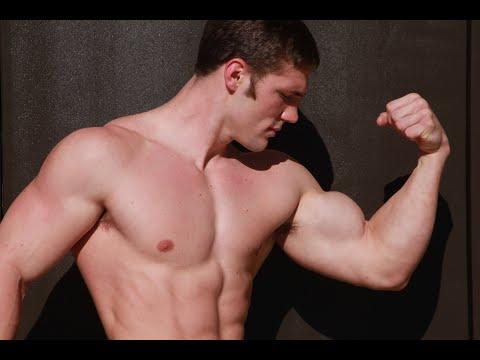 HD Muscle - Teen bodybuilder Cody Montgomery 18 inch bicepsиз YouTube · Длительность: 1 мин47 с