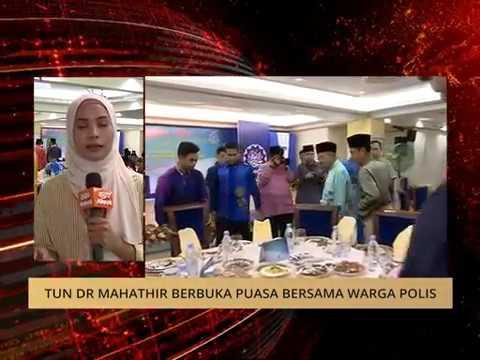 Tun Dr Mahathir berbuka puasa bersama warga polis