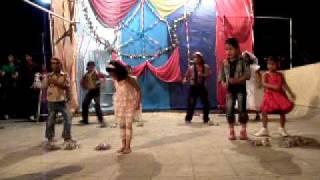 Palak Gor dancing on bachi bachi bamboo song