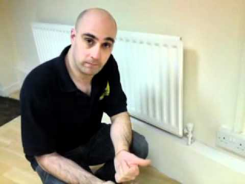 How to bleed radiator / London 24 hour plumbers Canary Wharf, Radiator repair E14 E16 London