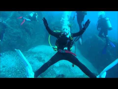 Wolf Rock Dive