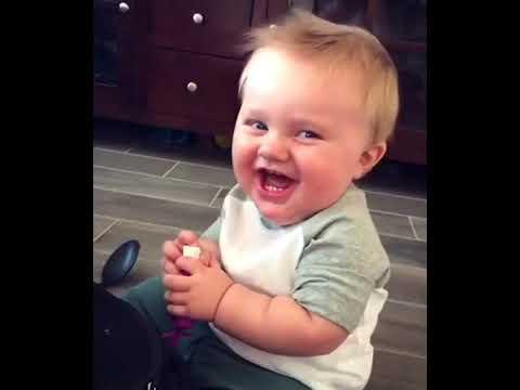 ضحكة طفل جميله Youtube