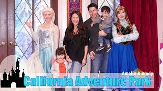 Disney California Adventure Park Tour - Elsa and Anna Kids Reaction, Cars Land at Night [4K]