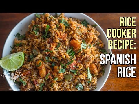 Kitchen Hack! Chicken Spanish Rice In A Rice Cooker  /  Arroz Con Pollo En Olla Arrocera