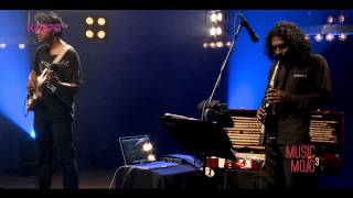 Kallippoonkuyile - Najim Arshad ft. The Seventh Note - Music Mojo Season 3 - KappaTV