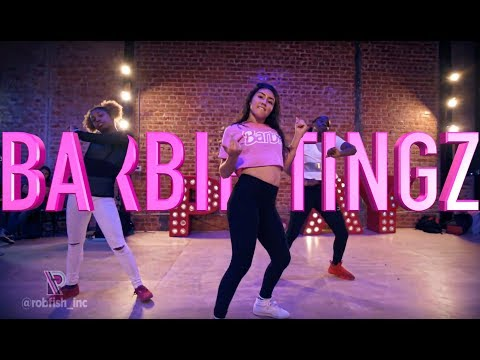 "Nicki Minaj - ""Barbie Tingz"" 