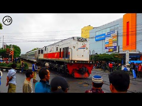 Perlintasan Kereta Api Terpadat dan Tersibuk di Kabupaten Karawang