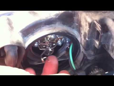 Change Headlight \u002706 Hyundai Sonata; No Tools Required - YouTube