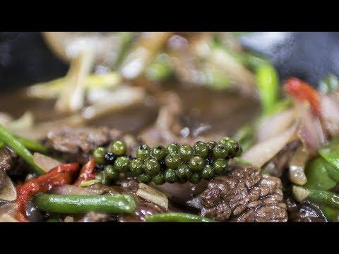 LÁĎŮV ORIENT EXPRESS: Hovězí maso se zeleninou a jasmínovou rýží