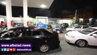 زحام وتكدس على محطات الوقود بعد ارتفاع أسعار البنزين والسولار .. فيديو وصور