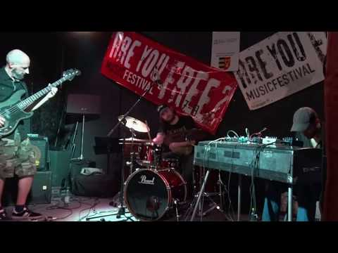 Cement Shoes @ Are You Free? Fest 2018