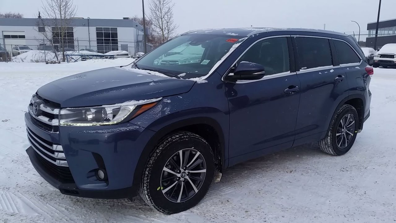2017 Or 2018 Toyota Highlander Xle Awd In Shorline Blue Detailed Review Of Features With Tss P