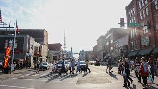 BROADWAY STREET DOWNTOWN NASHVILLE | HONKY TONK HIGHWAY | RV LIVING | PIPELINE LIFE