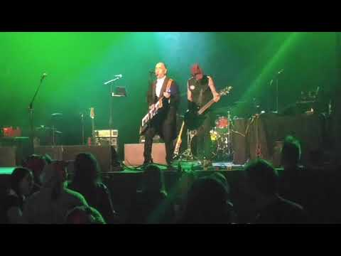 Rodney Anonymous (Dead Milkmen) & Rob Windfelder (Live Not on Evil) - Johnny B Goth