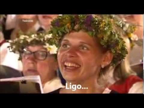 "Latvian Song Festival - ""Līgo!"" (Sway!) ENGLISH translation / subtitles"