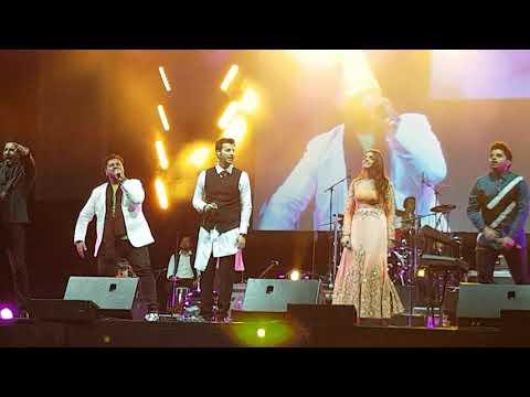 Salim Sulaiman Live in Jubilee Concert Calgary singing Lag ja gale