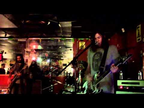 Smile Empty Soul - False Alarm Live 10-9-13 NJ