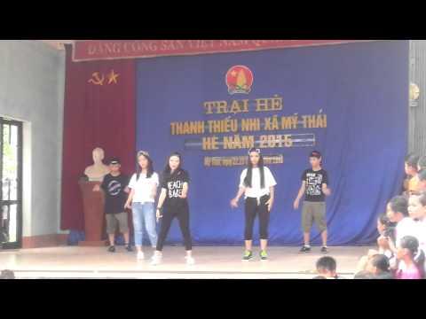 trại hè 2015. nhảy beng beng beng chi đội bế văn đàn thôn chi lễ