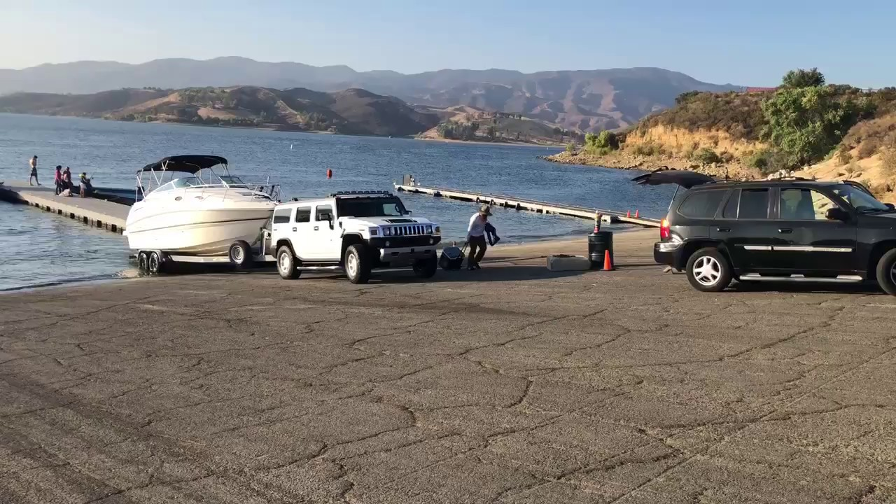 HUMMER H9 TOWING A BOAT - YouTube   hummer towing capacity
