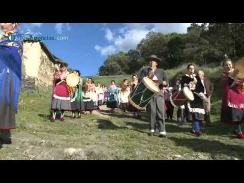 Documental almonaster recuerdos en el olvido doovi for Piscina municipal bormujos