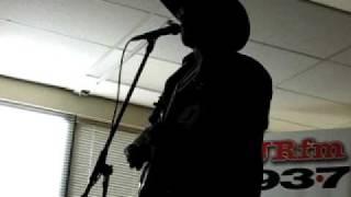 JRfm Fan Jam Lounge - Corb Lund performs